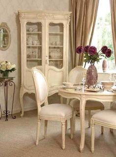 French Country Style Dining Room Furniture Country furniture is one of life's delights Dining Room Design, Dining Room Chairs, Dining Room Furniture, Dining Table, Dining Area, Kitchen Design, Country Dining Rooms, French Country Living Room, Country French