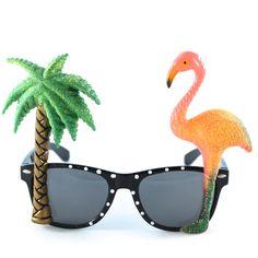 Des lunettes de soleil trop fun pour vos soirées plage Sunglasses for beach parties http://www.rockmypartie.fr/ambiance-tropicale/848-lunettes-tropicales-flamant-rose-et-palmier.html