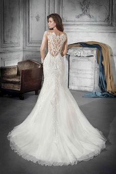 f5482089792e 32 Awesome Demetrios Collection images