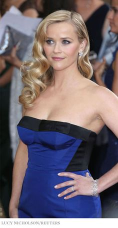 Oscars 2013: Reese Witherspoon diamond cluster earrings and vintage diamond bracelet