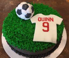 Quinn's soccer cake – ninth birthday Bee Birthday Cake, Soccer Birthday Cakes, Soccer Ball Cake, Soccer Party, Football Themed Cakes, Power Ranger Cake, Sport Cakes, Diy Cake, Cakes For Boys