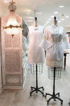 Ven a buscar hermosos regalos en nuestra tienda en el nivel C-1 del Centro Ciudad Comercial Tamanaco  ¡Te esperamos!  #GriseldaTovar #Moda #Mujeres #Navidad2014 #ChristmasAndLove