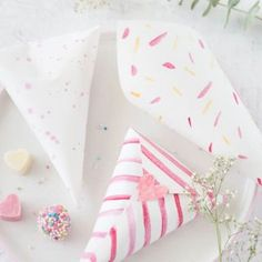 Xmas, Gift Wrapping, Diy Blog, Gifts, Weihnachten Diy, Valentine Gift For Him, Gift Wrapping Paper, Presents, Christmas