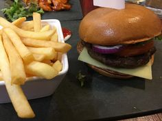 [I Ate] The Big Boss 6oz beef burger and fries. http://ift.tt/2mw6A0Y #TimBeta