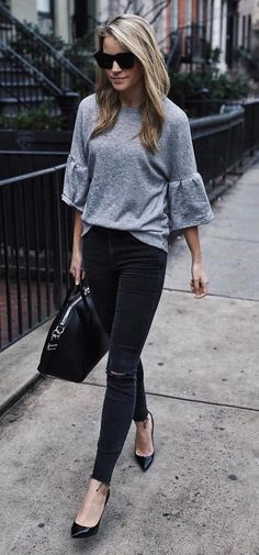 grey and black outfit top + bag + skinny jeans