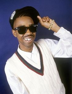 3c90dbb7b1 I m a girl who loves hip hop passionately. ShadeThrowr · Old School Rap  Sunglasses