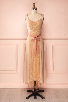 Esther - Tan maxi dress with lace and dusty pink details and belt