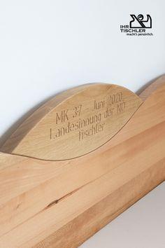 Wir Tischler machen es persönlich und das merkt man mal mehr und mal weniger.  Carpenter, Bedroom, Wood