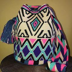 JUST IN - large size #wayuuchilabags❤️️❤️️❤️️ #wayuustyle #bohovibes Inspiration #instablogger #wayuubag #itbag #fashionblogger #outfit #outfitoftheday #fashiondaily #streetstyle #fashionaddict #lookoftheday #bohobag #styleblogger #neutralcolorsbag #pompom #wayuu #summer2018 #spring2018 #giftshop #chanta #Tasche #ss18 #presidentsday #torba #crossbodybag #bohoeye #pom #oneofakind