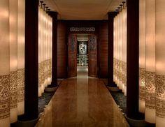 Luxury Bangkok Hotels - Entrance to the Spa at the Peninsula Hotel