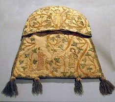 Aumoniere made in 1301/1315, Germanisches National Museum, Nurmberg-go to contents for LOTS of extant pics
