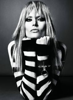 Malgosia Bela · Inez and Vinoodh · Vogue Paris, May 2011 (via thefashiondontlivewithoutvogue)