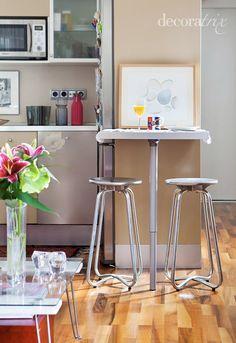 Cocinas mesa de cocina peque a mesas y sillas para la - Barras para cocinas pequenas ...