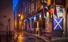 This photo is part of my HDR master class course so if you want to know more about how I shot and retouched this photo you can check out the 5day deal link in the bio! http://ift.tt/2dgTj7s This is a photo I took in Paris it is a nice pub and I think it looks cool with the colors the reflection and the look of this place.  #photoserge #thehighlander #pub #paris #street #color #reflection #course #5daydeal #HDR #HDRmasterclass