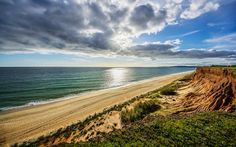 10 reasons why the Algarve is the greatest place on Earth for a family holiday | Via The Telegraph Travel | 16/10/2017 The Algarve is a region of hidden delights, of golden beaches framed by limestone rocks, of small, simple restaurants with fresh fish, and of a wealth of top-quality family hotels and villas at prices that compare favourably to the rest of Europe. #Portugal