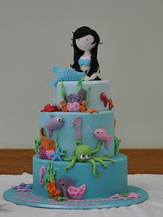Mermaid Cake - Say 'hello' to the cousin of my next birthday cake! So what if I'm an adult!