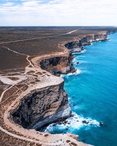 The Great Australian Bight, South Australia - Unexplored Footsteps Adelaide South Australia, Western Australia, Australia Travel, Australia Photos, Australian Road Trip, Australian Beach, Backpacking Europe, Bora Bora, Belfast