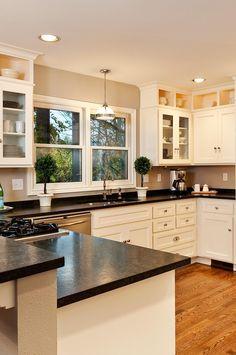 Kitchen Black Counter, Dark Granite Countertops, Off White Kitchen Cabinets, White Cabinets White Countertops, Black Kitchen Countertops, Black Counters, Kitchen Knobs, Kitchen Redo, Kitchen Flooring