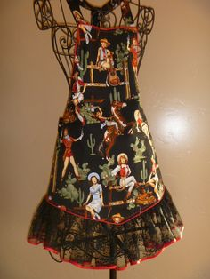 Wowee--now THAT is a cowgirl apron.  Love it!