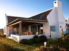 Farmhouse Architecture, Architecture Details, South Africa Beach, North Facing House, House Plans South Africa, Dutch House, American Houses, Loft Room, Tiny House Plans