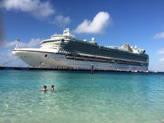 P&o Azura in beautiful grand Turk