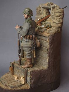WORLD WAR ONE GERMAN SENTRY WITH EXTRA HEAD AND BODY ARMOR