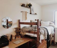 """HANNAH ELAINE (@hann.elaine) on Instagram: """"new home ☀️"""""""