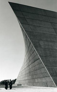 Church of St Francis de Sales, Michegan (1964) by architect Marcel Breuer (1902 – 1981).