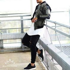 Amazing streetwear inspiration by our friend @aligordon89 ------------------------------------------------------------------------- Follow our Partner @inspirations_style @inspirations_luxury Tag your photos➡️ #inspirationsstreetwear for your chance to be featured ✨ -------------------------------------------------------------------------