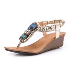 Hi, everybody, comen on and watch Summer new bohemian crystal beaded flip sandals. When it comes to shoes, daturashoes knows exactly what every woman needs.So beautiful. There are 2 colors (gold and silver) for you to choose. Heels Height:3-5cm [The soles]: rubber bottom. Cortical features:soft Velvet.Imported.About color difference: we all items are for real shooting; For technology, display, light, environmental reasons may be a slight deviation phenomenon, please in kind prevail.
