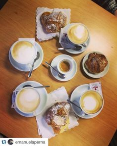 At Tor Vergata's School of Economics you can taste the perfect italian breakfest: caffè, cappuccino and cornetto ! #italianbreakfest #cappuccino #cornetto #espresso #torvergata