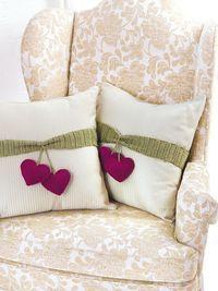 Maggie's Crochet · Pillow Fun