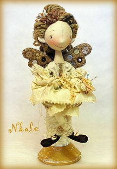 NKALE :-) located in the center of each toy: doll fabric author...著者織物の人形:各おもちゃの中心部に位置しNKALE :-)