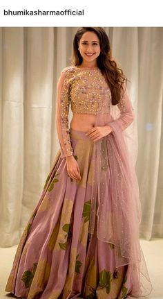 The very pretty looks lovely in this Bhumika Sharma ensemble. Pakistani Dresses, Indian Dresses, Indian Outfits, Indian Designer Outfits, Designer Dresses, Indian Lehenga, Lehenga Choli, Saree, Floral Lehenga