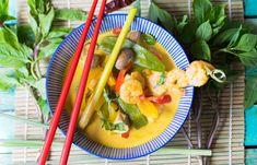 Erfrischendes Low Carb Thai Kokos Curry mit Garnelen