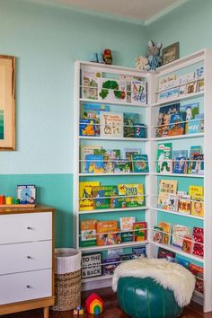 Building some DIY corner shelves might be a great idea for your next weekend project. Corner shelves are a smart solution for your small space. If you want to have shelves but you don't want to be too much on . Corner Bookshelves, Bookshelf Design, Diy Bookcases, Bookshelf Ideas, Shelving Ideas, Baby Bookshelf, Bookcase Wall, Kids Bookcase, Open Shelving