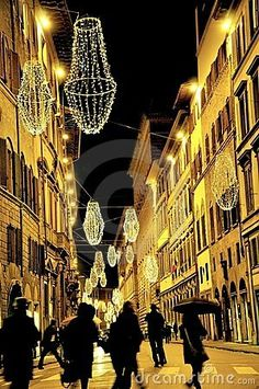 Christmas lights in Florence, Italy by Raluca Tudor, via Dreamstime Christmas In Italy, Christmas Town, Xmas Lights, Night Lights, City Lights, Florence City, Firenze Italy, Old Country Churches, Decorating With Christmas Lights