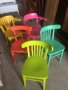 Small Accent Chairs For Bedroom Info: 3862330309 Woven Dining Chairs, Farmhouse Table Chairs, Outdoor Dining, Restaurant Tables And Chairs, Cafe Chairs, Patio Chair Cushions, Diy Chair, Painted Chairs, Hand Painted Furniture