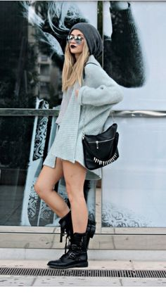 black and grey (neo) grunge style Neo Grunge, Mode Grunge, Estilo Grunge, Grunge Style, Grunge Hippie, Grunge Fashion, Look Fashion, Fashion Beauty, Fashion Boots