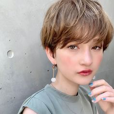 思い切ってイメチェン♡オトナ女子向け「ベリーショートヘアカタログ」12選 - LOCARI(ロカリ) Prom Hairstyles For Short Hair, Girl Short Hair, Short Curly Hair, Short Hair Cuts, Girl Hairstyles, Curly Hair Styles, Ruby Rose Hair, My New Haircut, Shot Hair Styles