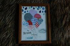 Empty photoframes? just scrap and make some art to fill it ! all you need is creativity