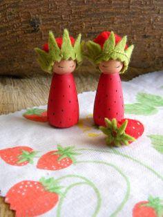 Chocolate Eyes: Strawberry Birthday Ring Dolls