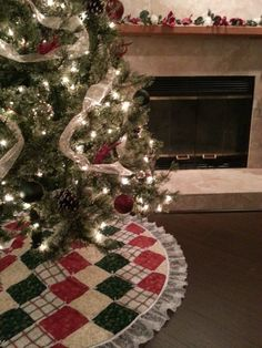 60 Inch Diameter Red Green White And Gold Christmas Tree Skirt