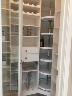 This is the perfect pantry! You don't need any kitchen shelves this has organization mastered!