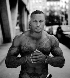 Mod Boys: 40 Fotos de homens tatuados