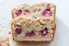 Banana-Raspberry Cake