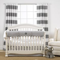 Liz and Roo offers luxury baby bedding with a fresh, modern twist. Create your dream nursery today with our American-made bedding sets and separates! White Nursery, Nursery Neutral, Nursery Room, Nursery Ideas, Baby Room, Babies Nursery, Neutral Baby Bedding, Room Ideas, Project Nursery