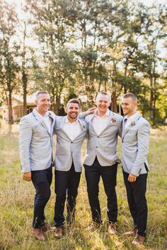 Megan + Michael // Groom's party // PC: Curly Tree Photography