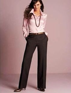 calça social feminina alfaiataria - Pesquisa Google Office Fashion, Work Fashion, Fashion Outfits, Business Outfits, Office Outfits, Satin Blouses, Professional Outfits, Dressy Outfits, Trousers Women