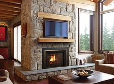 Learn more about the Liberty - High Efficient Gas Insert among the fireplace products at Hearth and Home Calgary. Old Fireplace, Living Room With Fireplace, Fireplace Design, Living Rooms, Modern Gas Fireplace Inserts, Cheap Outdoor Fire Pit, Fire Pit Video, Gas Insert, Fire Pit Furniture